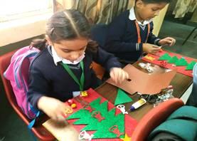 Std. II : Christmas Tree Making Activity